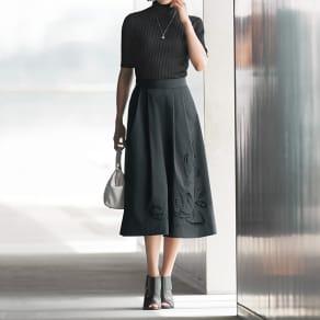 カットワーク刺繍 フレアースカート 写真