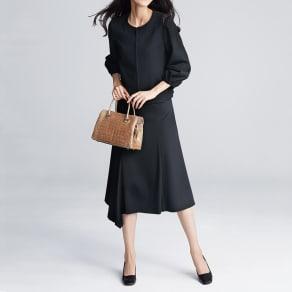 レーヨン ストレッチ ポンチ素材 ヘムスカート 写真