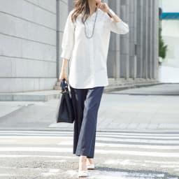 (L-LL) コットン混 チビスタンドシャツ(大きいサイズ) オフホワイト コーディネート例