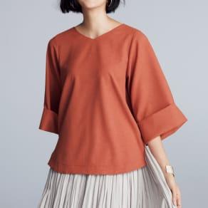 リネン風合繊素材 ダブルカフス袖 プルオーバー 写真