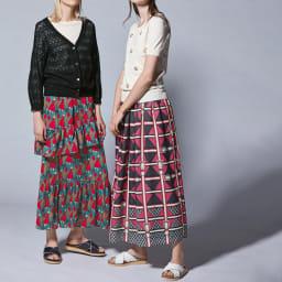 ベルトデザインプリントフレアスカート (右)ベルトデザインプリントフレアスカート コーディネート例