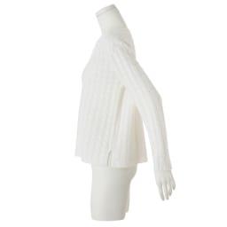 イタリア糸 カシミヤシルク ケーブル編み プルオーバー