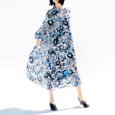 「アマンダ・ケリー」 シルク混 カットジャカード フラワープリント ワンピース 写真