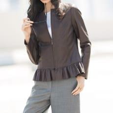 パンチング&裾フリル使い イタリアンラムレザー ジャケット