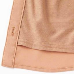 フリルデザイン 暖仕込みブラウス ※今回こちらのお色の販売はございません。参考画像です。