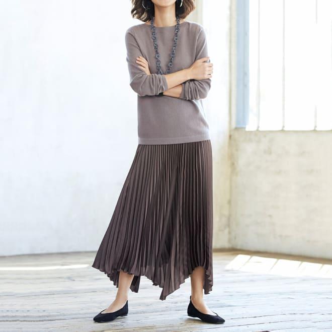 イレギュラーヘム プリーツ ロングスカート コーディネート例