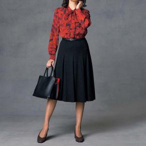 ウールスムース タックデザイン スカート 写真