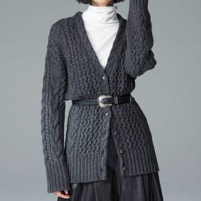 イタリア糸 ケーブル編み カーディガン 写真