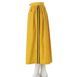 フロントジップ サイドライン フレアスカート(イタリア製)