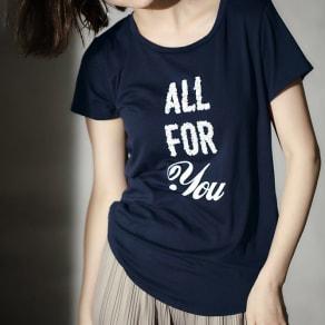スパンコールロゴTシャツ 写真