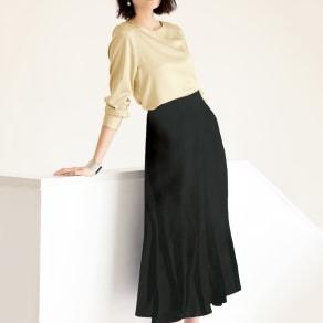 ナローフレアスカート 写真