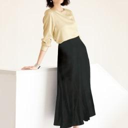 ナローフレアスカート ブラック無地 コーディネート例