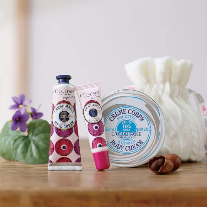 L'OCCITANE/ロクシタン シア うるおいセット ミニ巾着付き 左から ヴァイオレットブーケシア ハンドクリーム、ヴァイオレットブーケシア リップバーム、シア ホイップボディクリーム