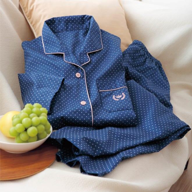 日本製 綿100%サテンドット柄パジャマ (ア)ネイビーブルー 肌ざわりさらっと!