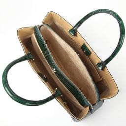 クロコダイル 横長ハンドバッグ inside