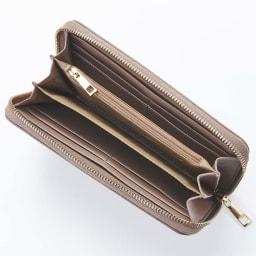 BARCOS/バルコス レザーバッグ&長財布セット [長財布] 中身が見やすく、様々なポケットで充実の収納力です。