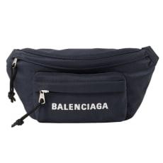 BALENCIAGA/バレンシアガ ロゴボディバッグ