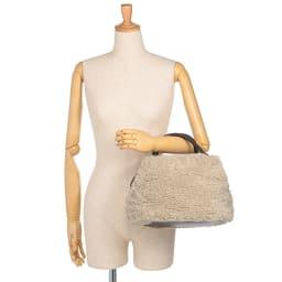 Cachellie/カシェリエ 素材コンビ バッグ 着用例