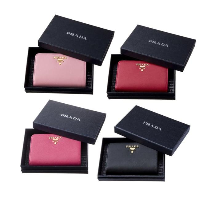 PRADA/プラダ 二つ折財布 1ML225 QWA 左上から時計回りに(イ)ピンク、(エ)フォーコレッド、(ア)ブラック、(ウ)ペオニアピンク