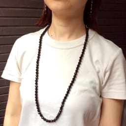 YUKIKO OKURA/ユキコ・オオクラ オニキス ロングネックレス(8mm) コーディネート例
