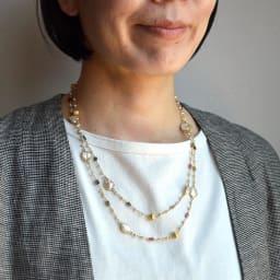 YUKIKO OKURA/ユキコ・オオクラ SV 天然石 ロングネックレス(1点もの) (カ)トルマリン・淡水パール コーディネート例
