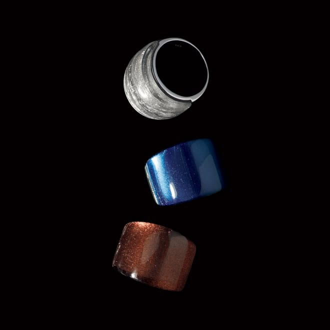 SV カラーデザイン リング 上から (ア)シルバー系 (イ)ネイビー系 (ウ)ブラウン系