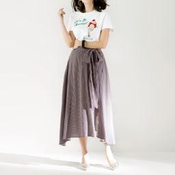 WORDROBE/ワードローブ スパンコールデザイン Tシャツ (ア)ホワイト コーディネート例