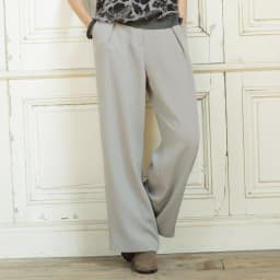(股下丈74cm)トリアセ混 二重織り ドレープ ワイドパンツ 着用例