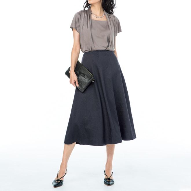 イタリア素材 リネン混ツイル フレアースカート コーディネート例