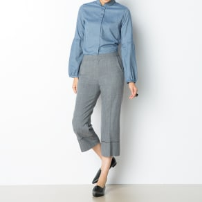 スーパーファインウール 裾パイピング パンツ 写真
