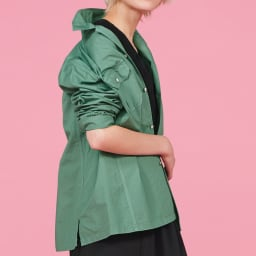 ウォッシュ加工 グリーンシャツジャケット 着用例