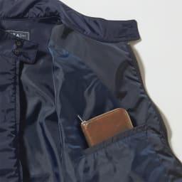 「LIMONTA」 スウィングトップブルゾン 内側にもポケットがある収納力の高さも優秀。