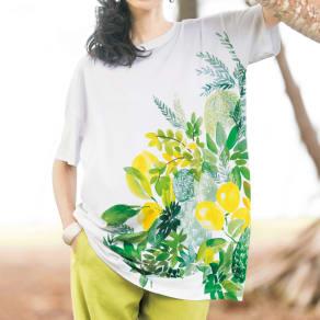 トロピカルプリント ビッグTシャツ 写真