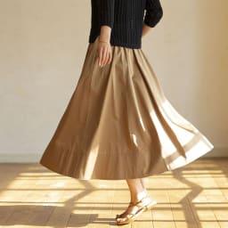 裾切替 ロングフレアースカート (イ)ブラウン H163 着用サイズ:M (BACK)