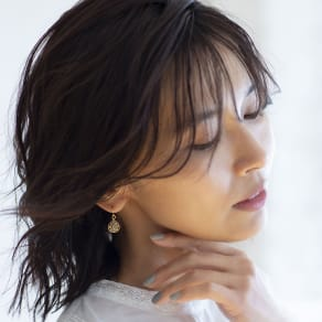 YUKIKO OKURA/ユキコ・オオクラ K18 ブラウンダイヤ ドロップ ピアス 写真