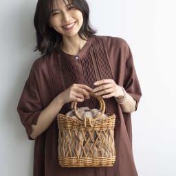 Cachellie/カシェリエ アラログ 透かし編み かごバッグ 着用例