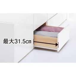 【レンタル仮申込】光沢が美しい収納ベッド フレームのみ ダブル 引き出しの最大引き幅は31.5cm。開閉もスムーズ。