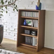【レンタル仮申込】Winkel/ヴィンケル オーク天然木ななめ本棚 幅60cm・ロー
