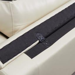 【レンタル商品】2人掛け Sediangelo/セディアンジェロ スーパーソフトクッション レザーソファ (ラブソファ) 背もたれ部分は搬入時に邪魔にならないように倒れています。(起こしてお使い下さい)