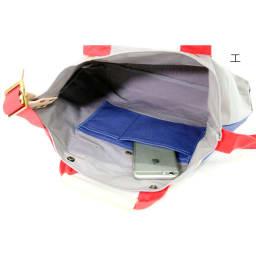 パラフィンハンプヌメ革2WAYトートバッグ Inside