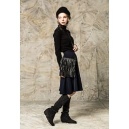 神戸ブランド KEiKA(ケイカ)/日本製シームレスニットブーツ 縄編みロングブーツ(22.5-24.5cm) 着用イメージ