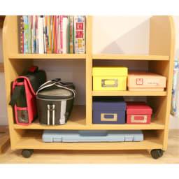 na-KIDS(ネイキッズ)/キッズランドセルラック(ワイド) 一番下の横長の棚には、置き場に困る、ピアニカぴったり収納できます。