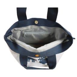 moz(モズ)/トートバッグ mono|エルク 内側にファスナー付ポケットが1つあるので鍵や貴重品を入れるのに役立ちます。