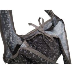 moz(モズ)/折りたたんで便利ショッピングバッグ エルク リボンを結んでしっかり留められます。