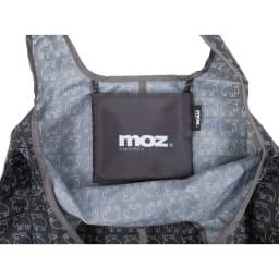 moz(モズ)/折りたたんで便利ショッピングバッグ エルク 小物を入れるのに便利なポケット。