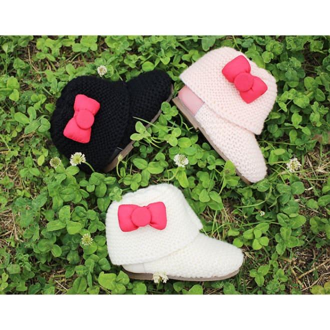 日本製ハローキティベビーニットブーツ[神戸ブランドKEIKA](13-15cm) (ア)ブラック、(ウ)ピンク、(イ)ホワイト