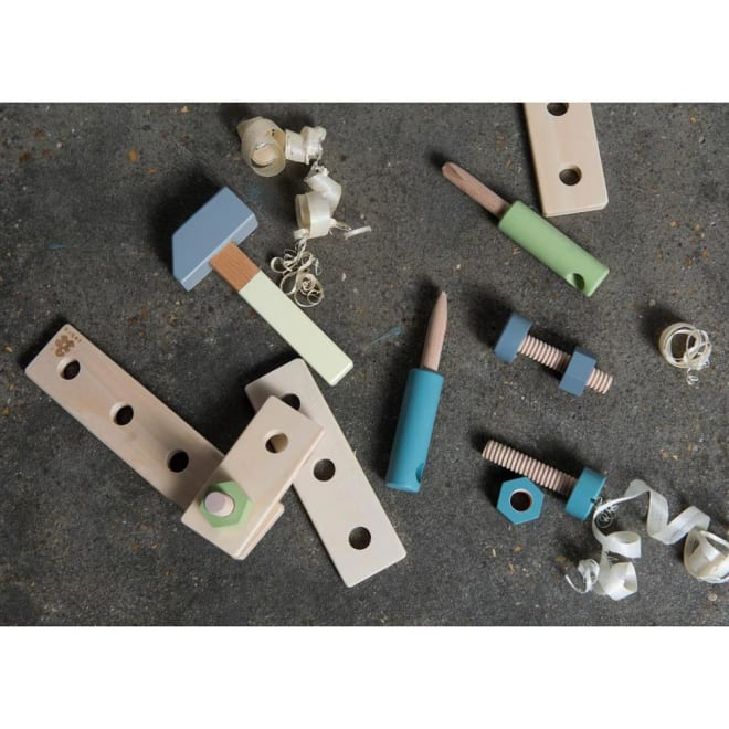 sebra(セバ)/ネジで遊ぶウッドツールセット|おもちゃ ※工具は商品番号NV23-25にて別売りになります。