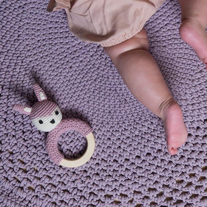 sebra(セバ)/ウサギの手編みリングラトル|ベビー おもちゃ