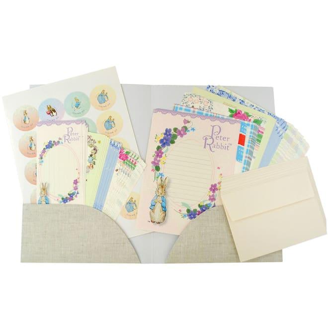 ピーターラビット/名入れレターセット(一筆箋・封留めシール付き) 便箋と封筒、一筆箋、封留めシールが入った大容量セット。