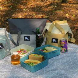 moz(モズ)/保冷トート付き3段ランチボックス エルク 保冷対応のトートバッグと3段ランチボックスのセット